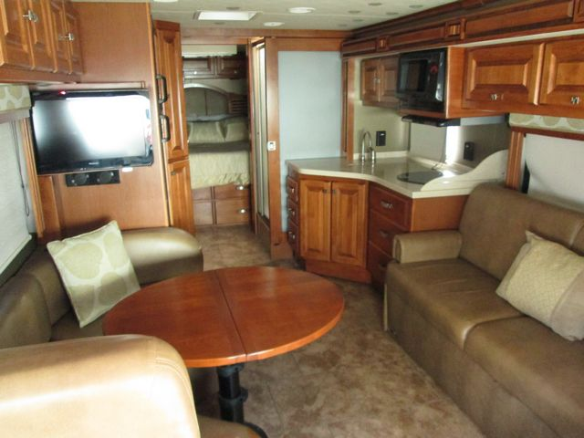 2013 Used Tiffin Allegro Breeze 28BR Class A in Texas TX