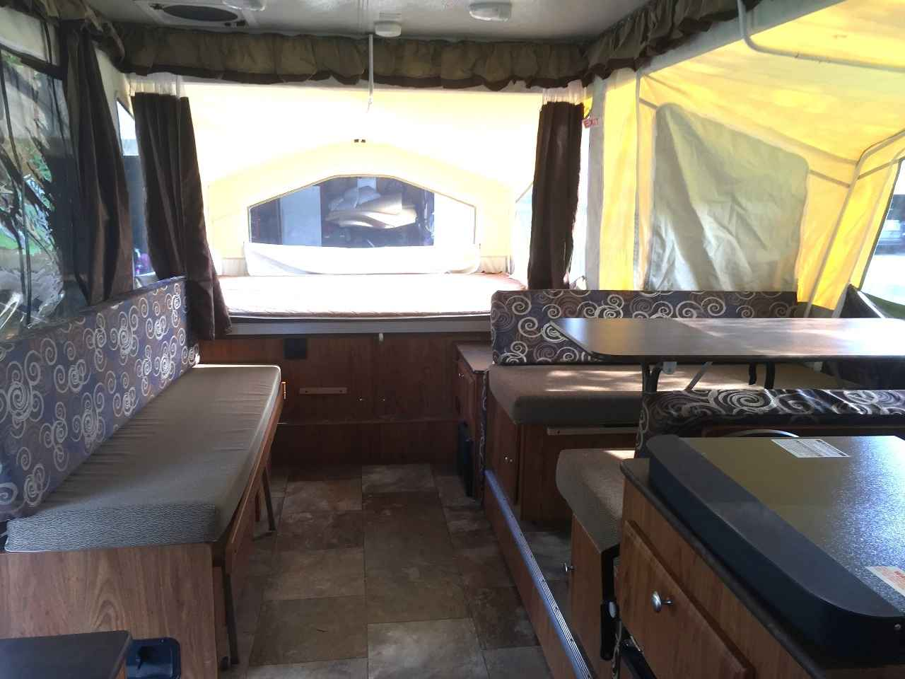 2014 Used Forest River Rockwood Freedom 2318g Pop Up Camper In Ohio Oh