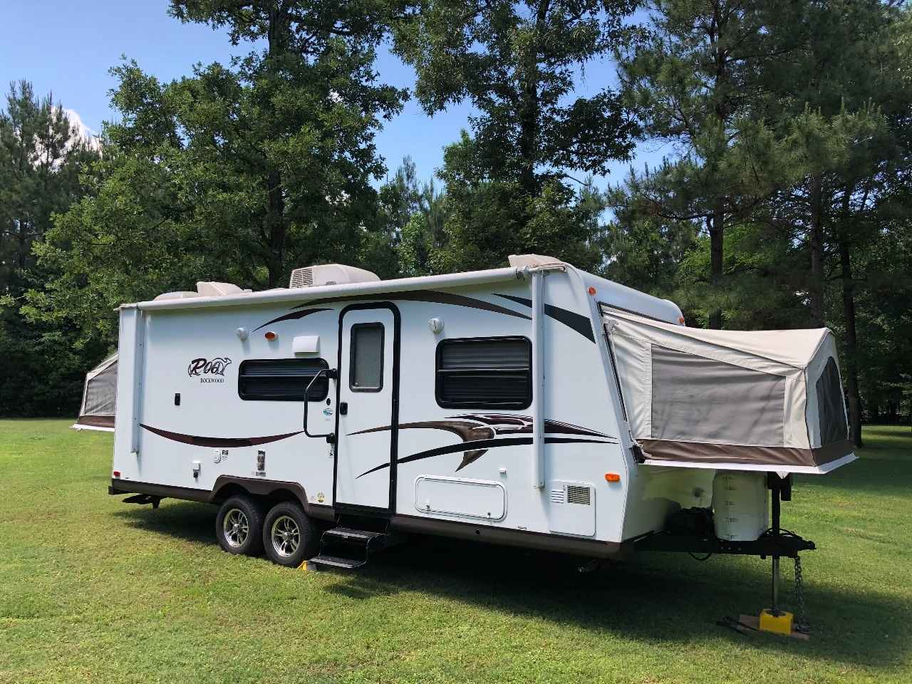 2014 Used Forest River ROCKWOOD ROO 233S Travel Trailer in ...