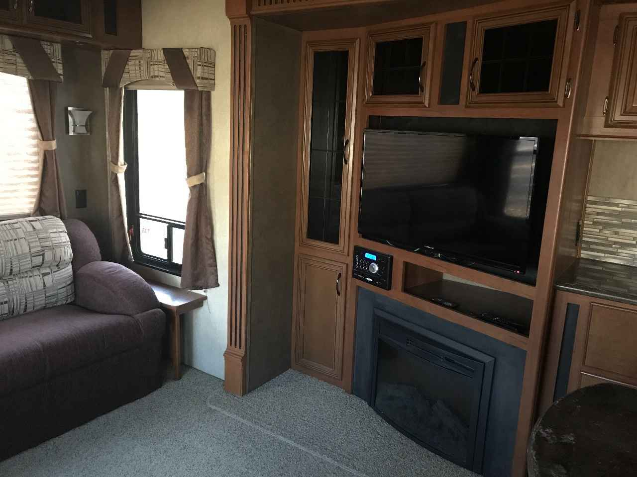 2014 Used Forest River Sierra Fifth Wheel In South Carolina Sc