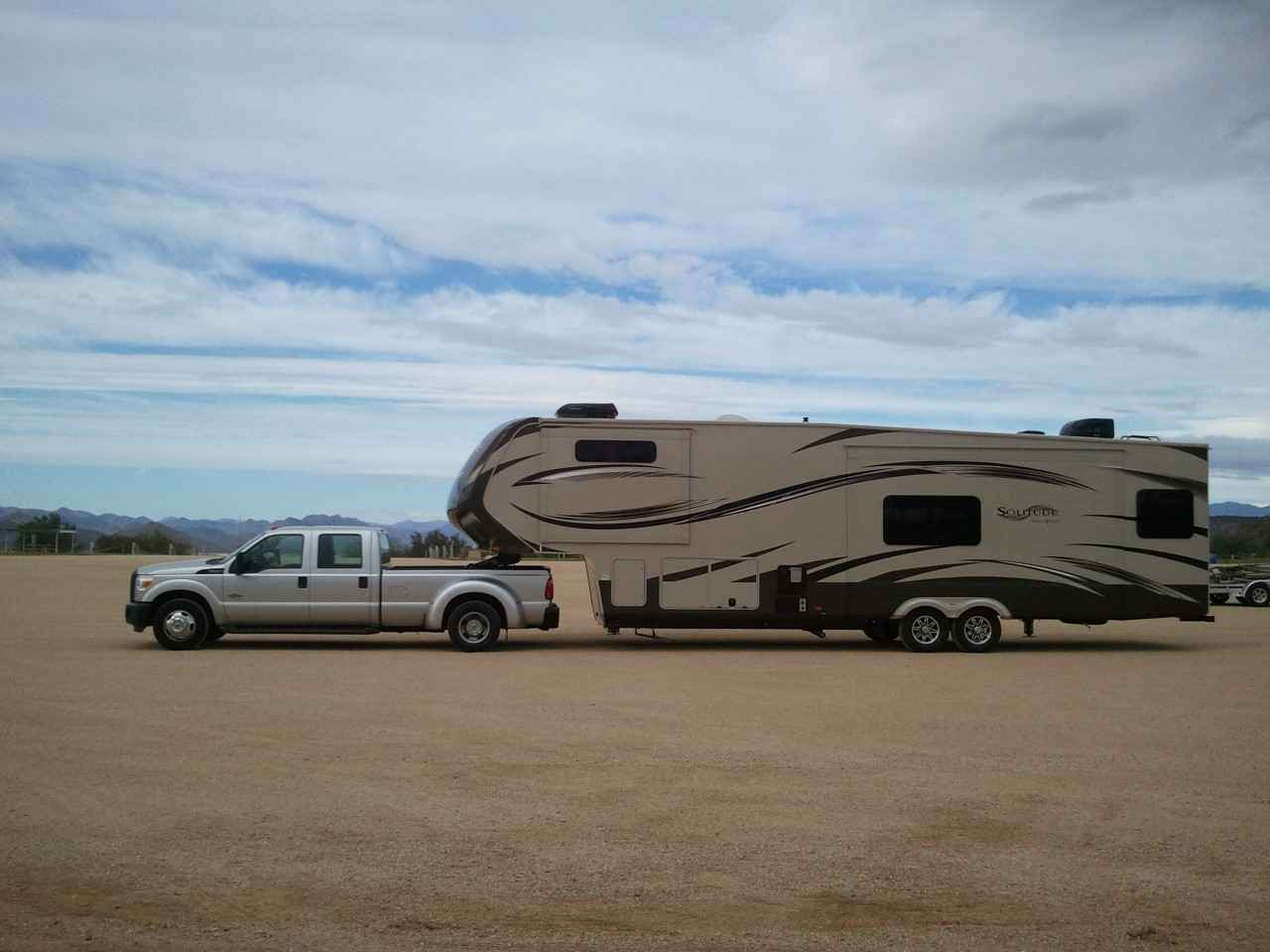 2014 Used Grand Design Solitude 368rd Fifth Wheel In