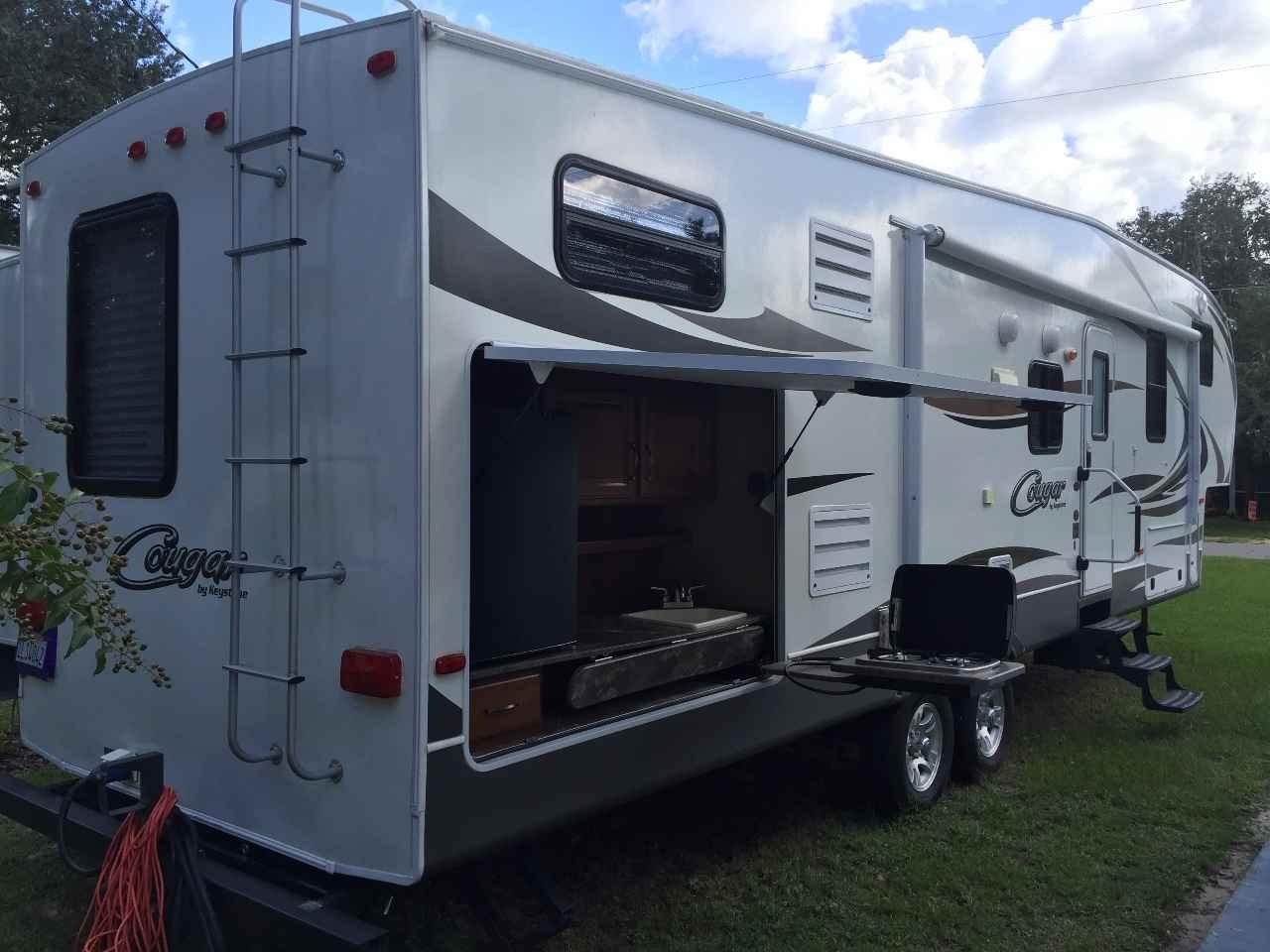 2014 Used Keystone Cougar 330rbk Fifth Wheel In Florida Fl
