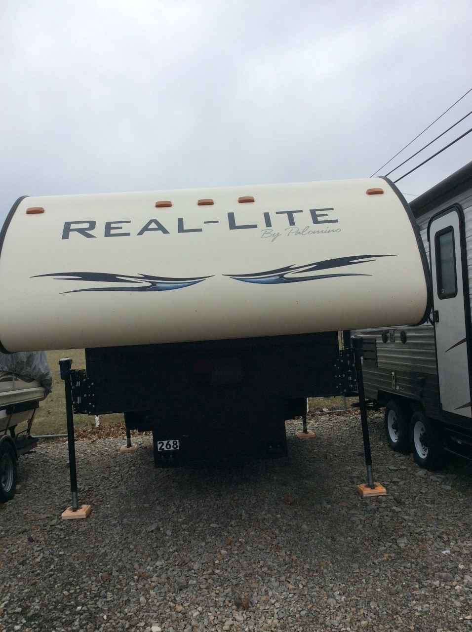 2014 Used Palomino REAL-LITE 1806 Truck Camper in Ohio OH