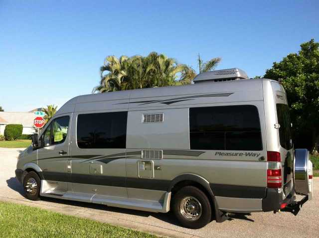 2014 Used Pleasure Way Plateau Fl Class B In Florida Fl