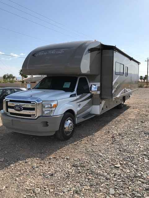 2014 used thor motor coach four winds super c class c in for 2014 thor motor coach