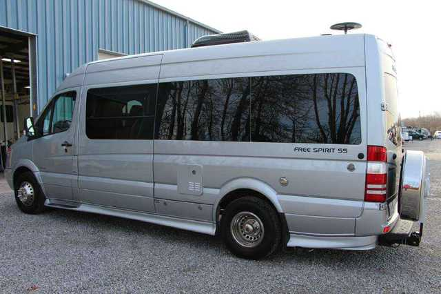 Ohio Rv Dealers >> 2014 Used Triple E Leisure Travel Vans Free Spirit SS ...
