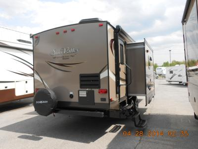 2015 New Evergreen Sunvalley 232rbs Travel Trailer In