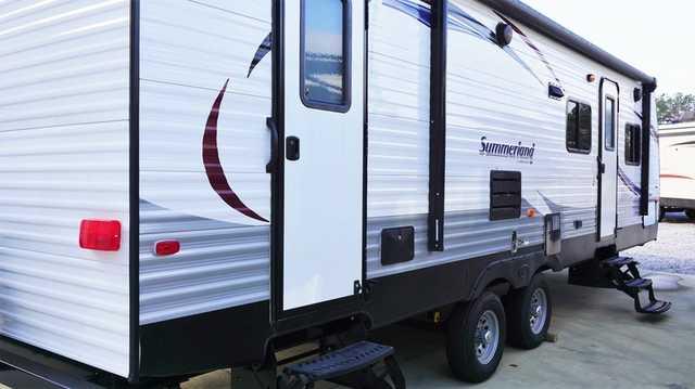 2015 New Keystone Rv Summerland 2820bhgs Travel Trailer In
