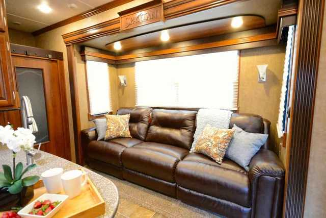 2015 New Prime Time Spartan 1240x Fifth Wheel In Texas Tx