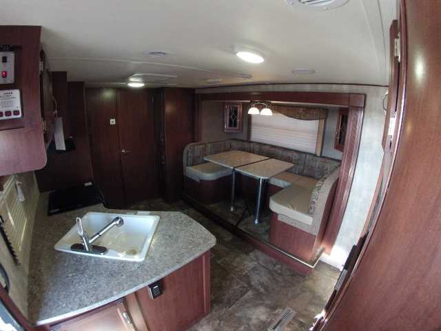 What Travel Trailer Construction Is Best Fiberglass Or Aluminum