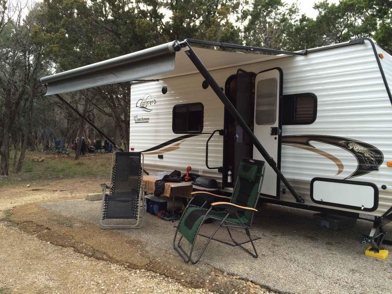 Coachmen Clipper 17Fq >> 2015 Used Coachmen CLIPPER 17FQ Travel Trailer in Texas TX