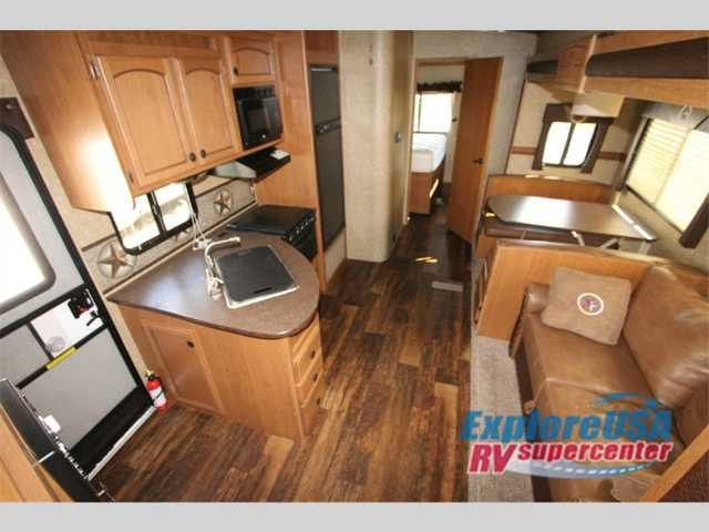 2015 Used Crossroads Rv Hill Country 34bh Fifth Wheel In