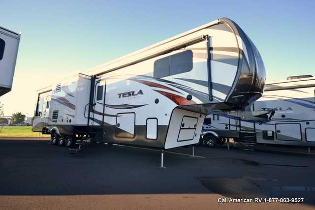 2015 Used Evergreen Rv Tesla T3950 Toy Hauler In Michigan Mi