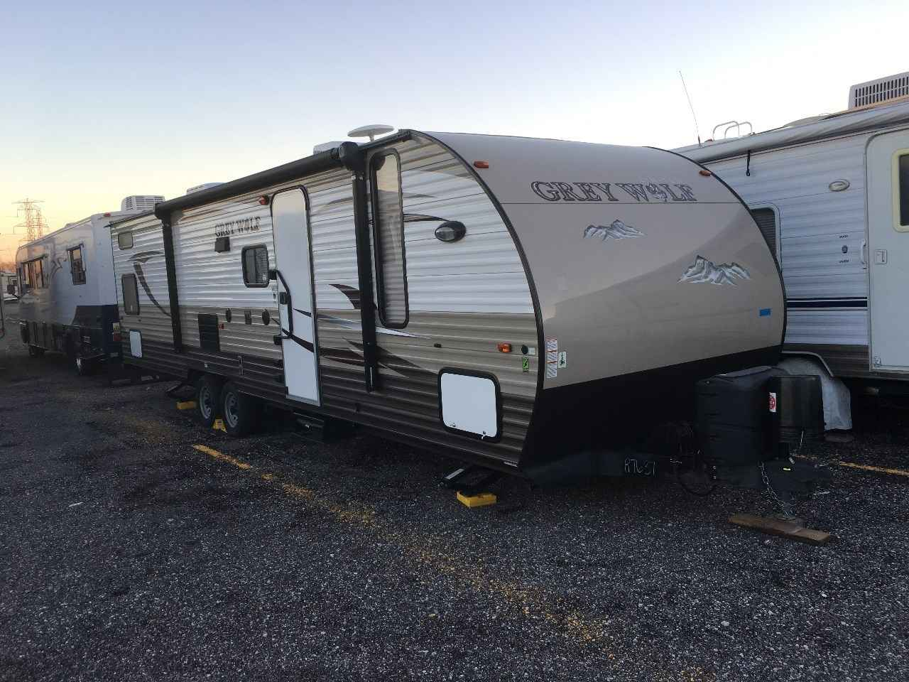2015 Used Forest River CHEROKEE GREY WOLF 29BH Travel ...