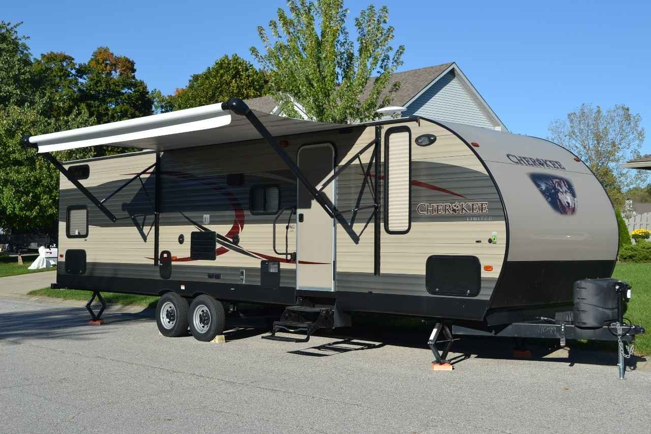 2015 Used Forest River Cherokee Travel Trailer In Indiana In