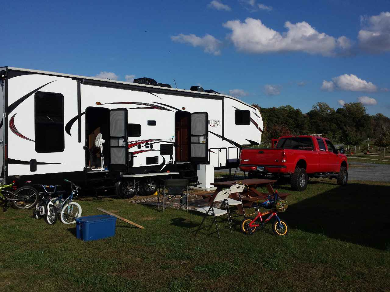2015 Used Forest River Nitro Xlr 29udql5 Toy Hauler In