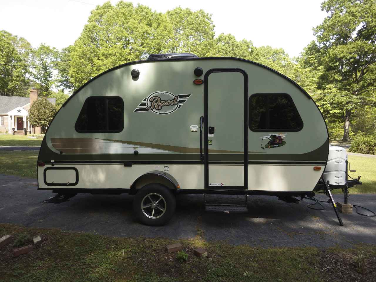 Twin Bed Used Travel Trailer