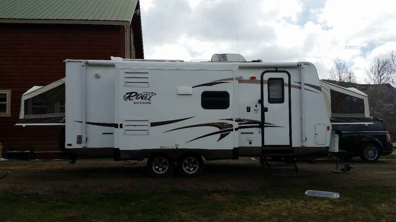 2015 Used Forest River Rockwood Roo 23ikss Travel Trailer