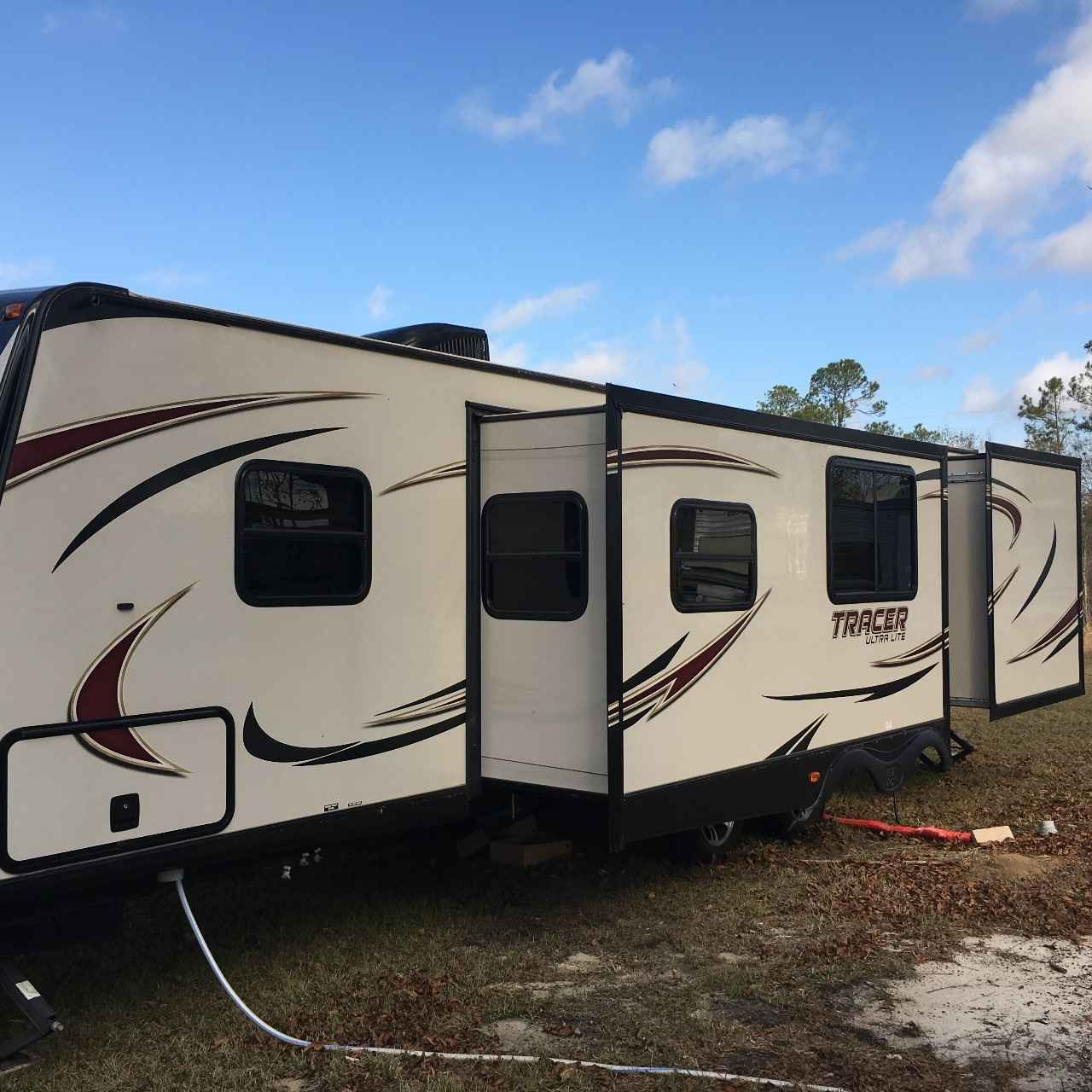 2015 Used Forest River TRACER 3150BHD Travel Trailer In