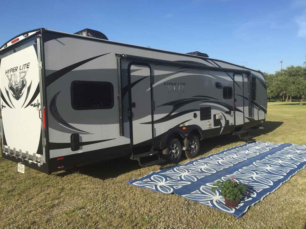 2015 Used Forest River XLR HYPERLITE 29HFS Toy Hauler in Texas TX