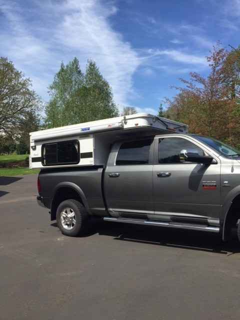 2015 used four wheel campers hawk pop up truck camper in oregon or. Black Bedroom Furniture Sets. Home Design Ideas