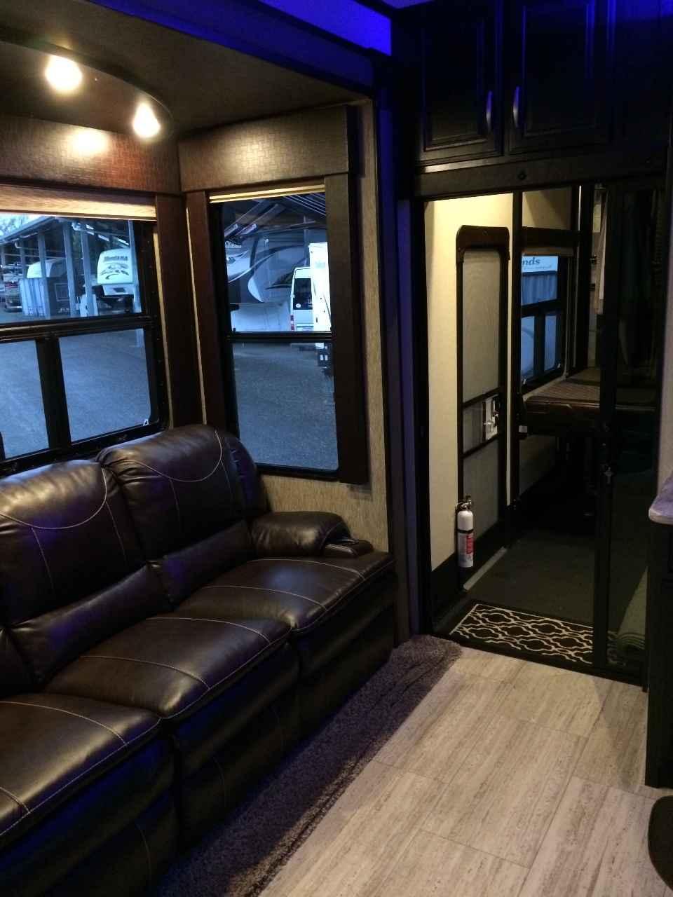 California Rv Show >> 2015 Used Grand Design MOMENTUM 328M Toy Hauler in California CA