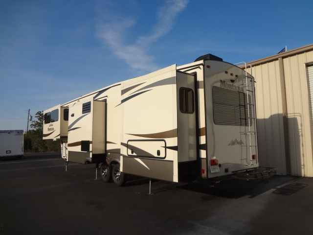2015 Used Keystone Montana 3710fl Fifth Wheel In Alabama Al