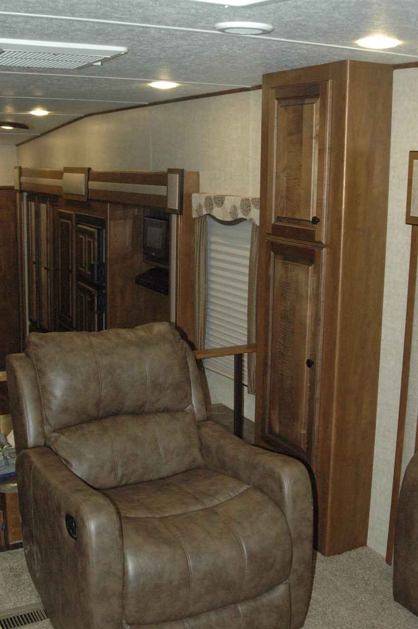 2015 Used Keystone Sprinter Copper Canyon Fifth Wheel In West Virginia Wv