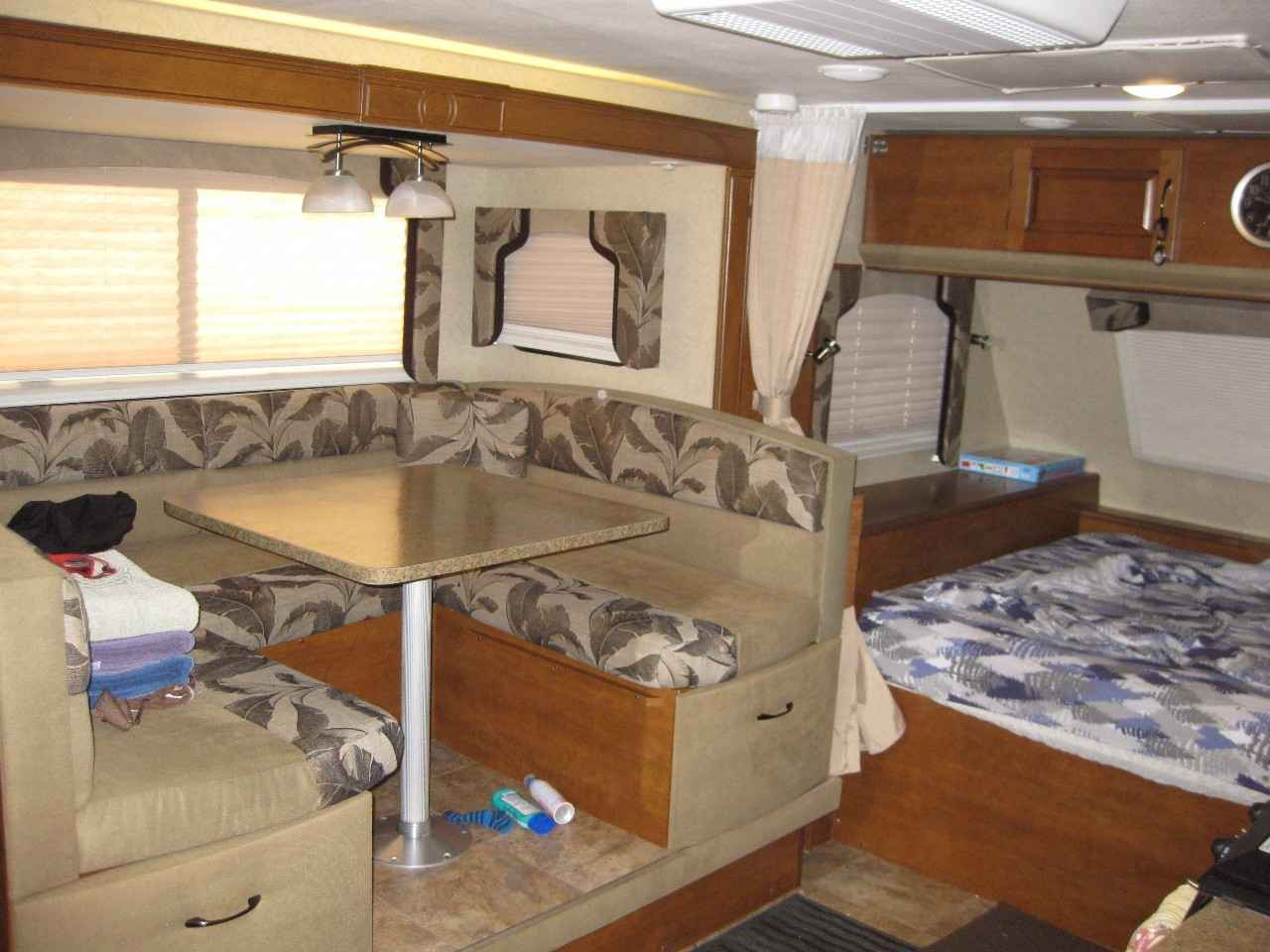 2015 Used Lance 1685 Travel Trailer In Colorado Co