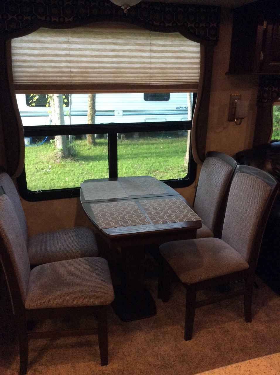 2015 used montana mountaineer 310ret fifth wheel in new