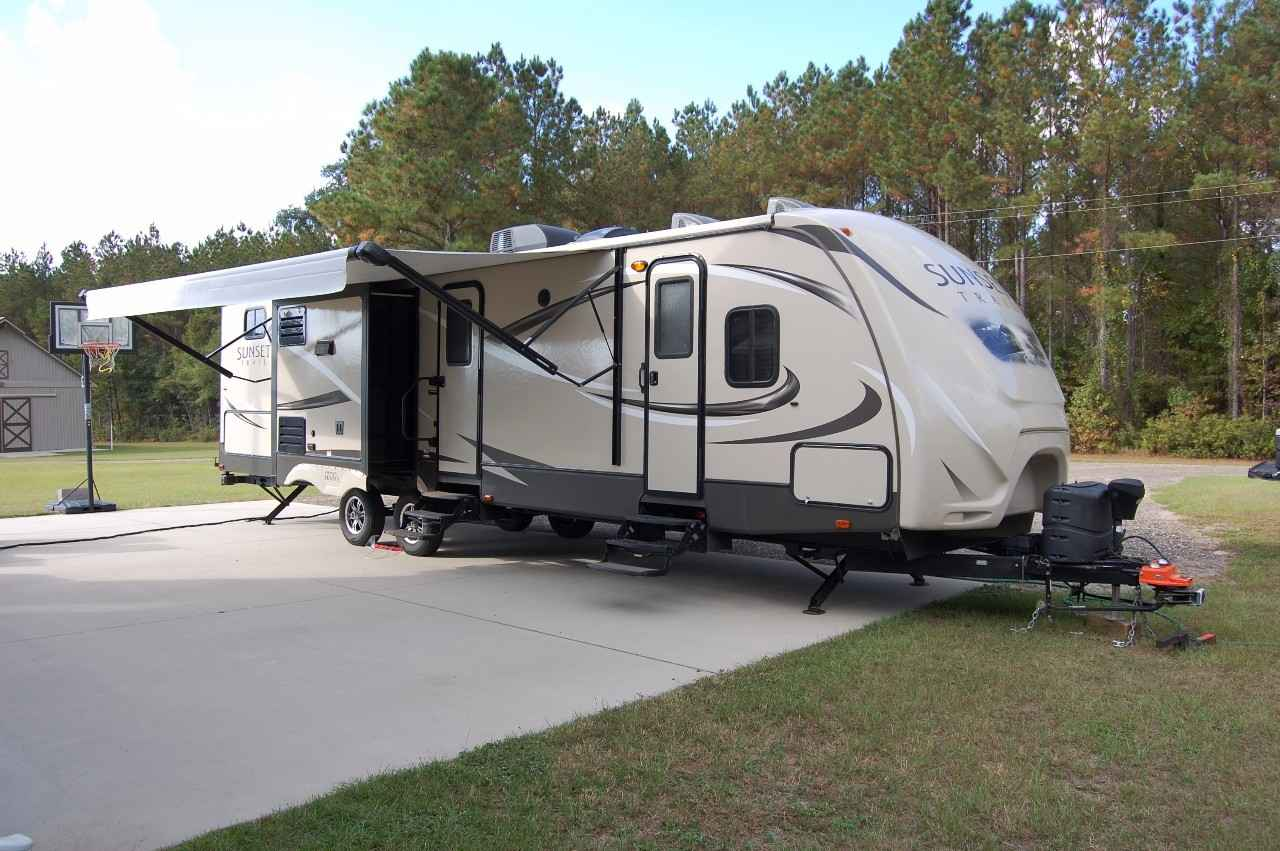2015 Used SUNSET TRAIL GRAND RESERVE ST33BD Travel Trailer ...