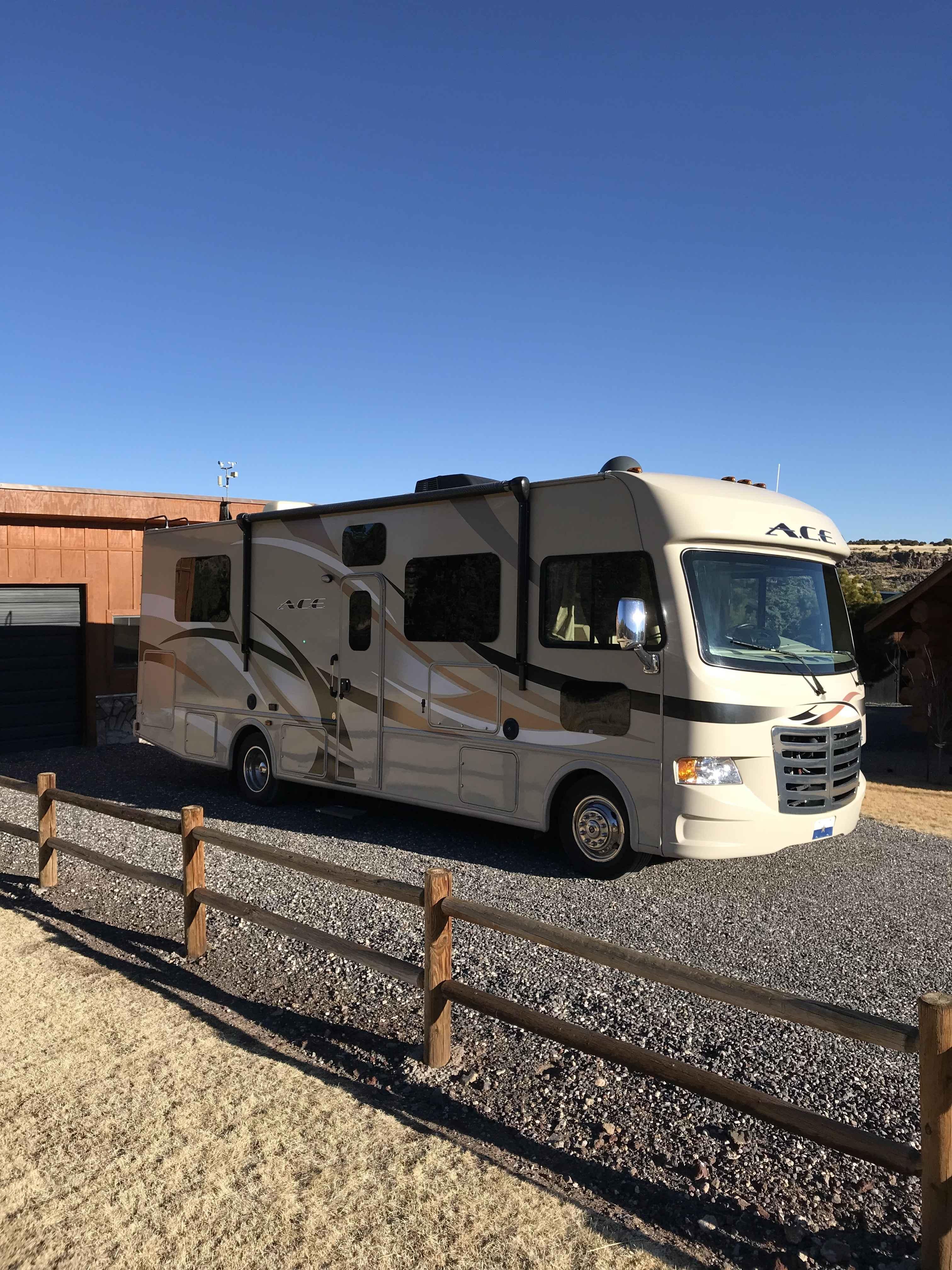 2015 used thor motor coach a c e 29 2 class a in arizona az for Motors and vehicles az