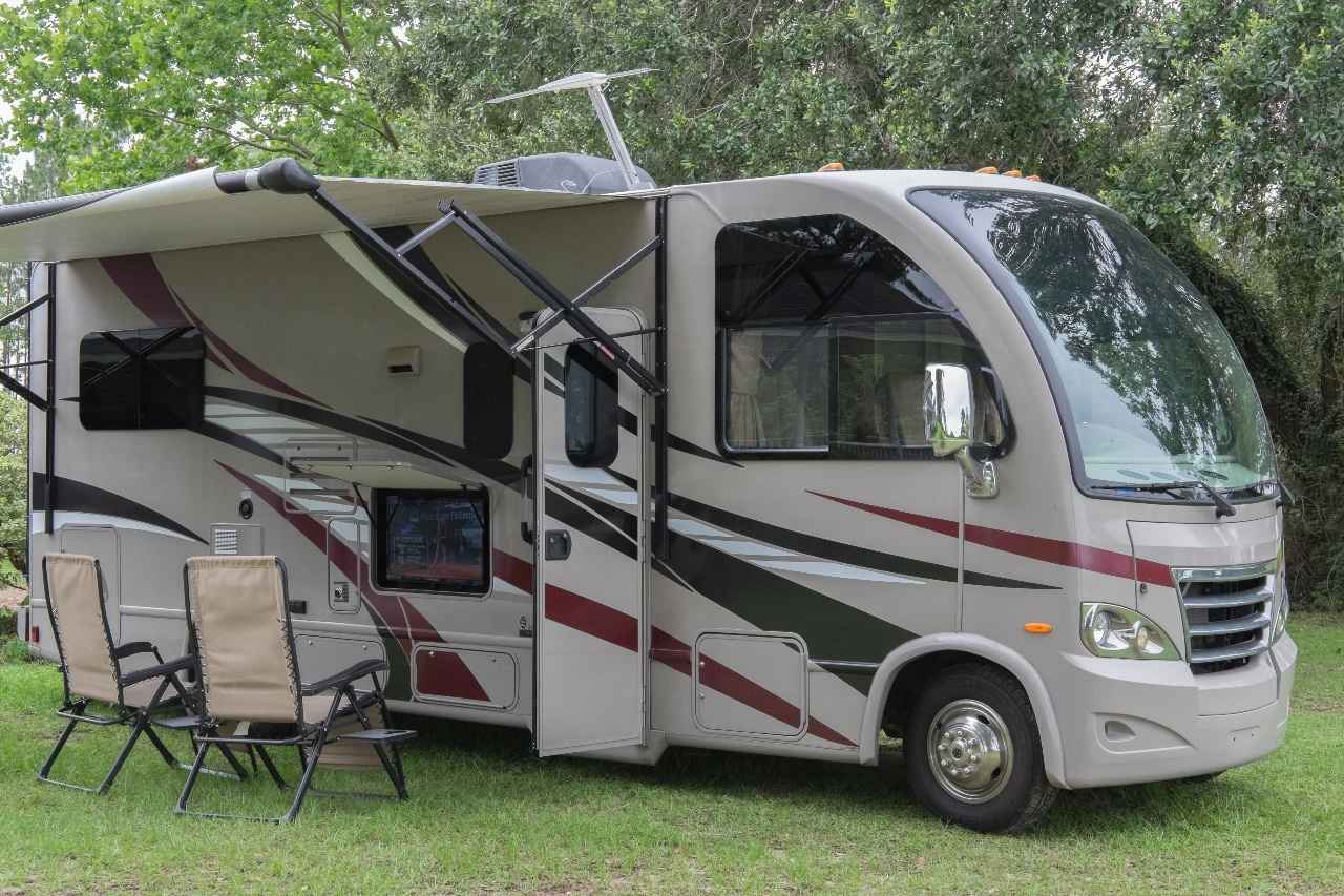 2015 used thor motor coach axis class a in florida fl for Class a motor coach