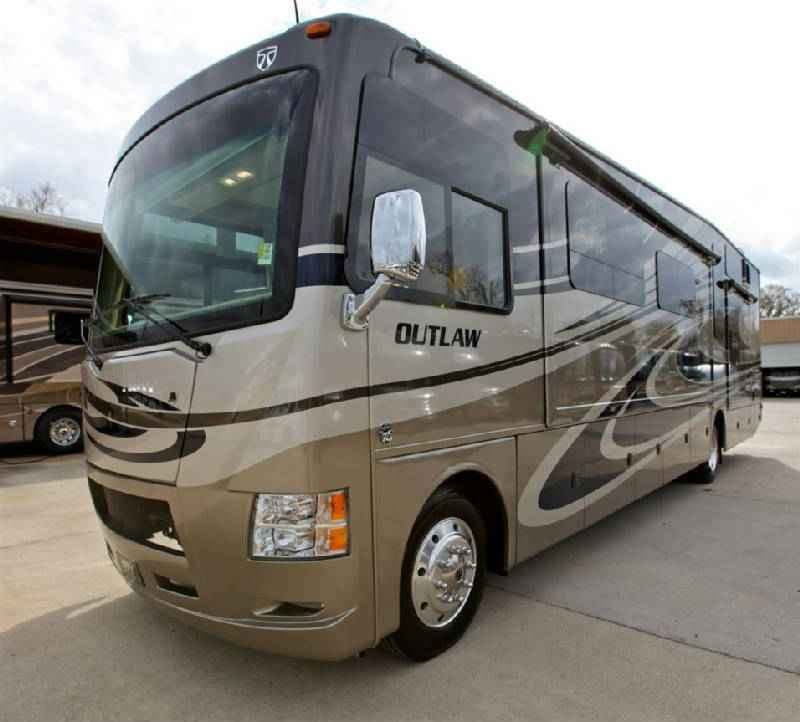 2015 Used Thor Motor Coach Outlaw 38re Class A In Louisiana La