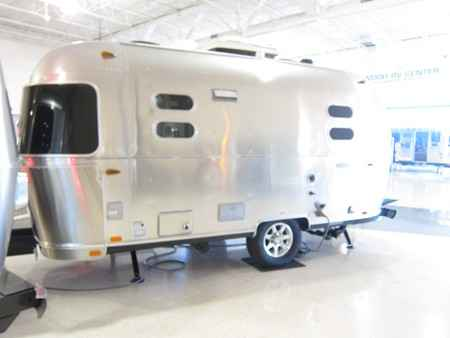 2016 New Airstream Flying Cloud 19 Travel Trailer In