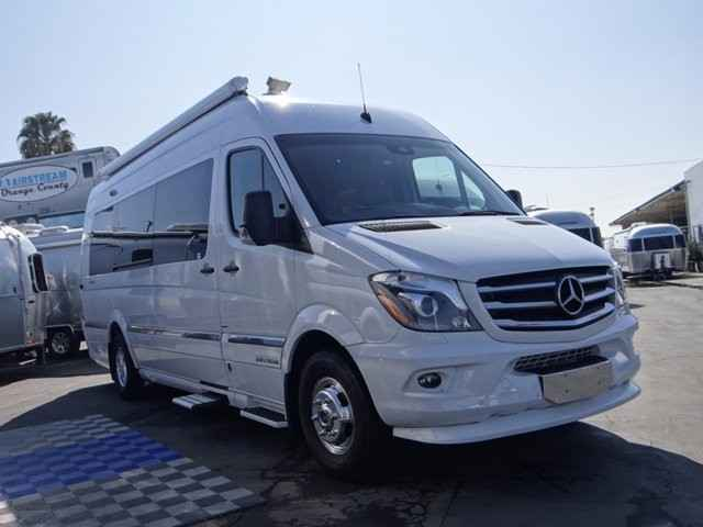 2016 New Airstream Interstate 3500 Lounge EXT w/ AIR RIDE