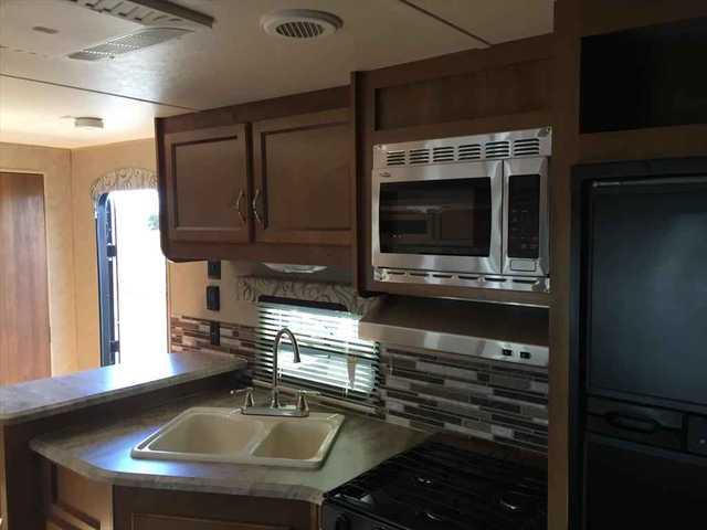 2016 New Coachmen Catalina 243rbs Travel Trailer In