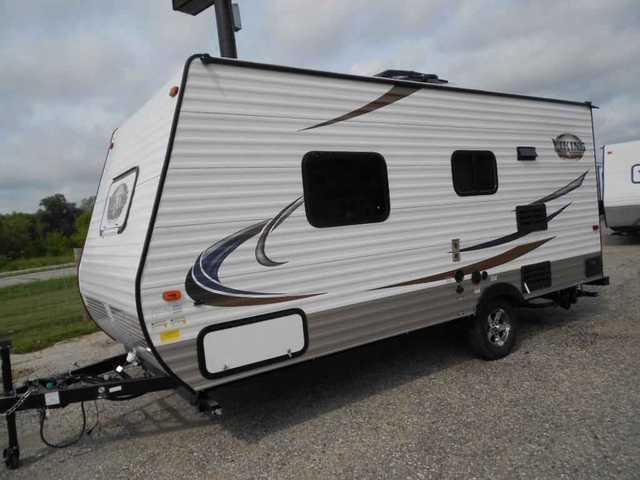 2016 New Coachmen Viking 17FQ Travel Trailer in Wisconsin WI