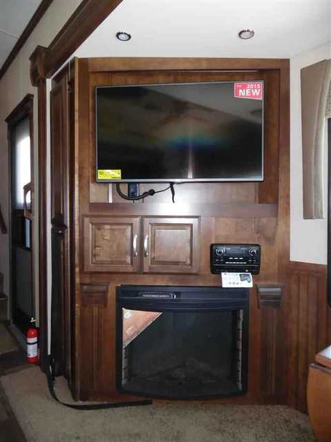 2016 New Forest River Cardinal 3030rs Fifth Wheel In Texas Tx
