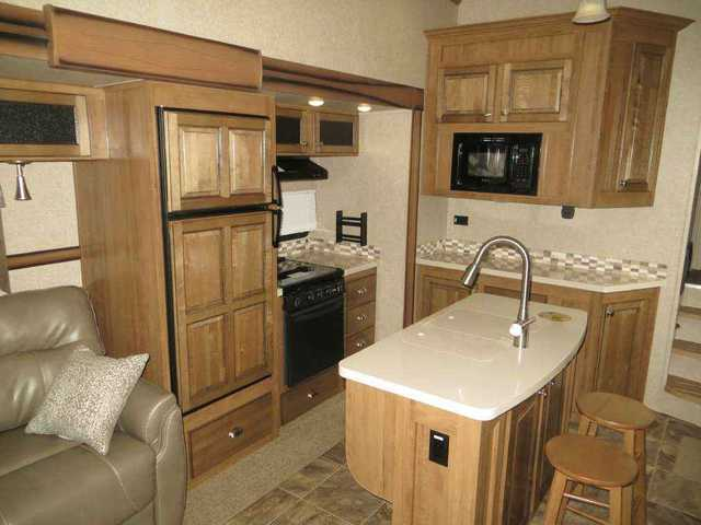 2016 New Forest River Rockwood 8289 Ws Fifth Wheel In