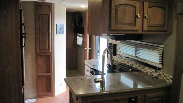 2016 New Forest River Rockwood 8325ss Travel Trailer In