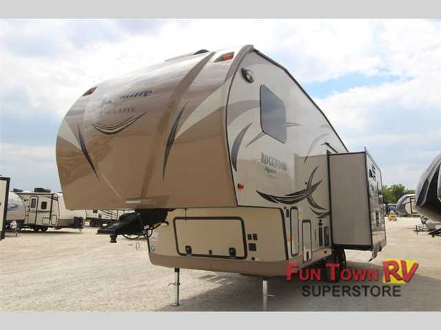 2016 New Forest River Rv Rockwood Signature Ultra Lite