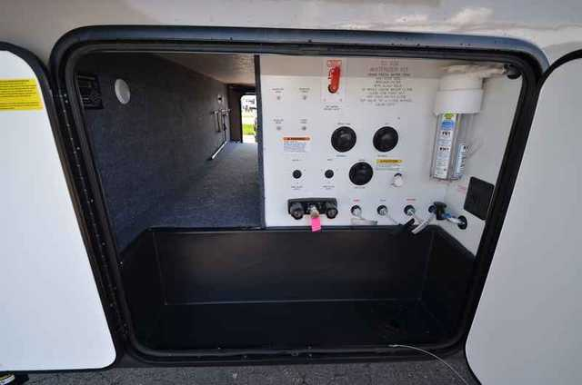 2016 New Forest River SANDPIPER 373MBOK FIFTH WHEEL Fifth ...