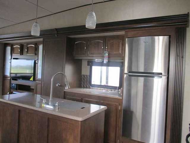 2016 New Forest River Salem Hemisphere 337bar Fifth Wheel