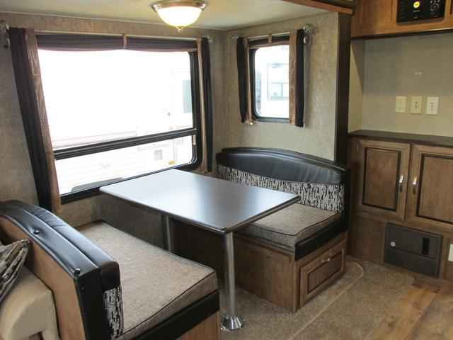 2016 New Forest River Wildwood 27rlss Travel Trailer In