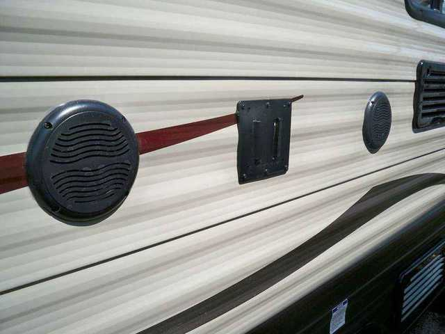 2016 New Forest River Wolf Pup 16bhs Travel Trailer In