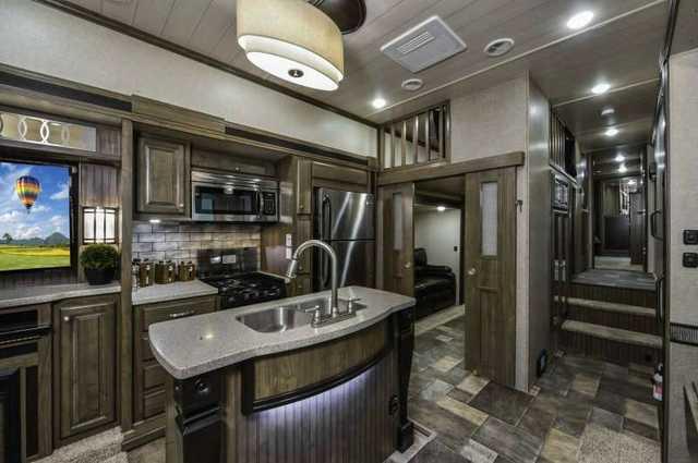 Luxury Fifth Wheel >> 2016 New Heartland Oakmont 390MBL Fifth Wheel in Oklahoma OK