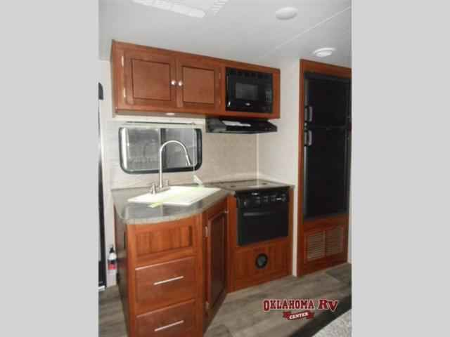 2016 New Heartland Wilderness 2475bh Travel Trailer In