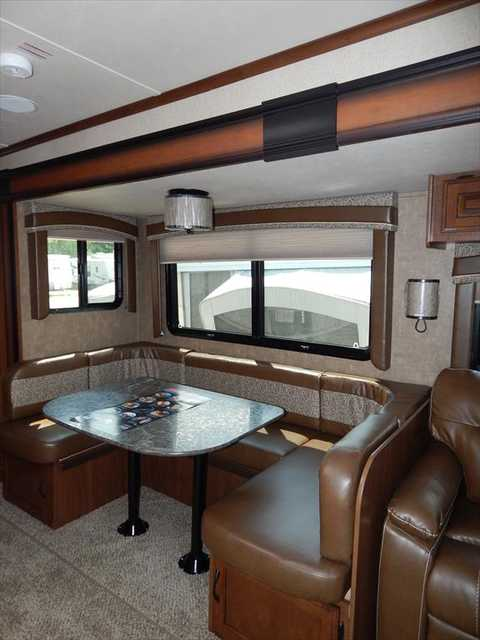 2 Bedroom Trailers For Sale: 2016 New Jayco Jay Flight 38BHDS 2-Bedroom Double Slide
