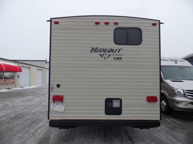 Manufacturer  Hornet Travel Trailer